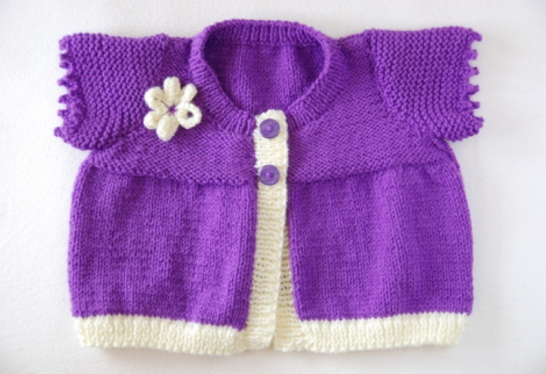 Simple Knitting Pattern For Scarf : Baby Knitting Patterns Cardigan - Cardigan With Buttons